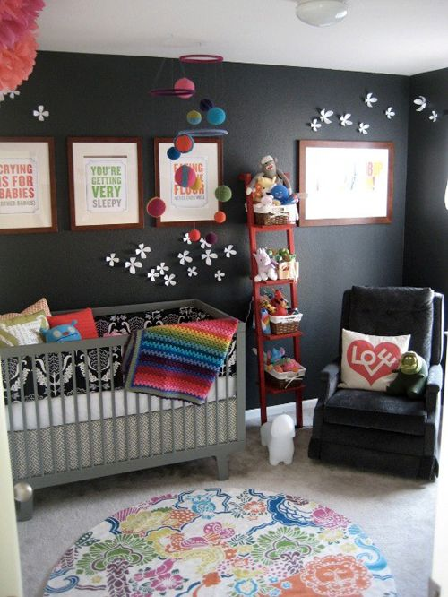 Black walls- I LOVE THIS!!I never would've thought of this myself but this totally works with all the color.