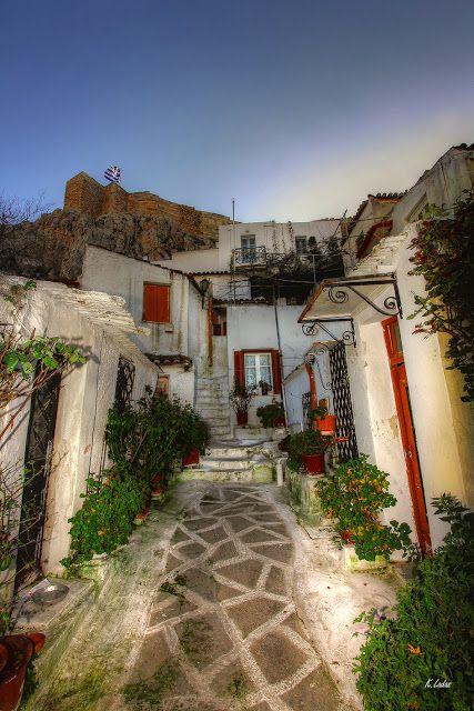 Kostas Ladas photography: Αναφιώτικα,ένα νησί στο κέντρο της Αθήνας.