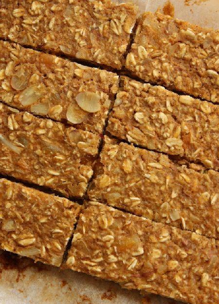 Low FODMAP & Gluten free Recipe - Breakfast bars  http://www.ibssano.com/low_fodmap_recipe_breakfast_bars.html