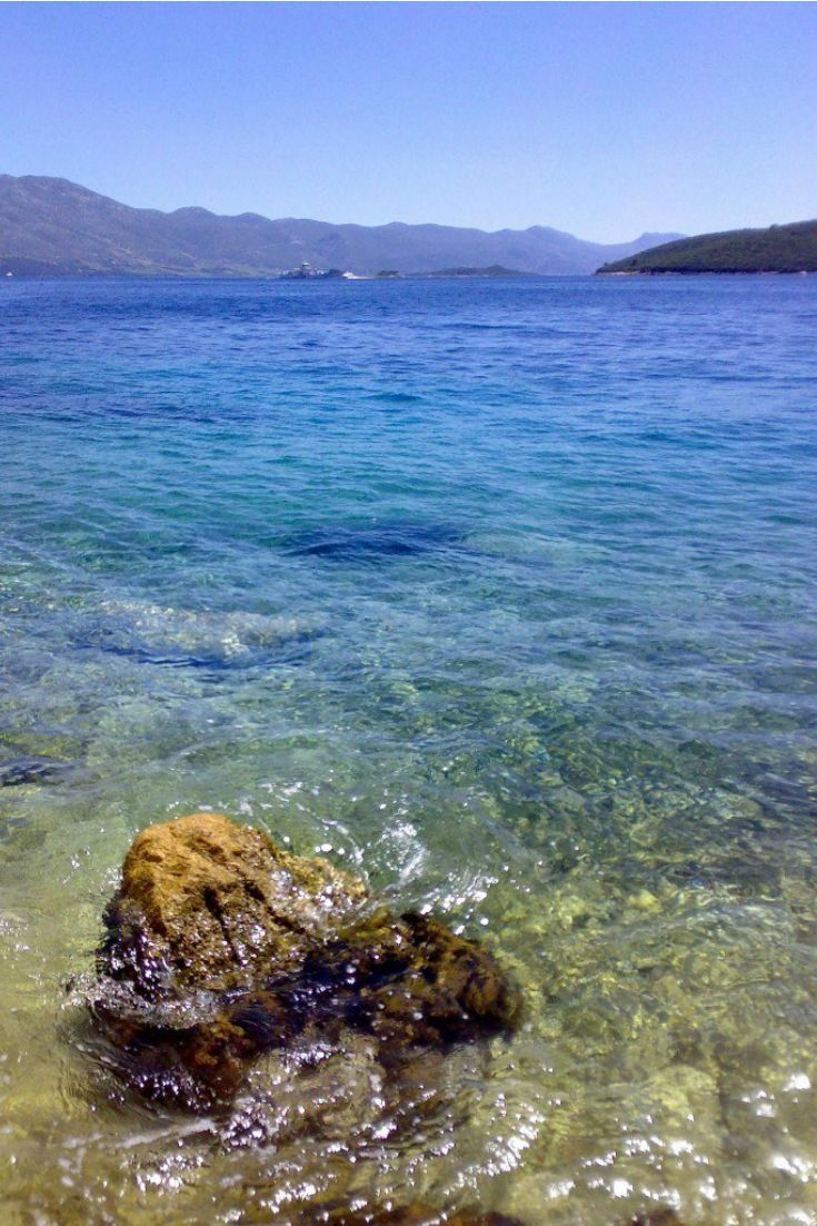 Croatia Travel Blog: Whether you plan to day-trip to Korcula Island or stay for several weeks, come enjoy the hidden beaches, pebbly & sandy shores, watersports of all kinds and picturesque views from all directions. Click to get our guide to the island!