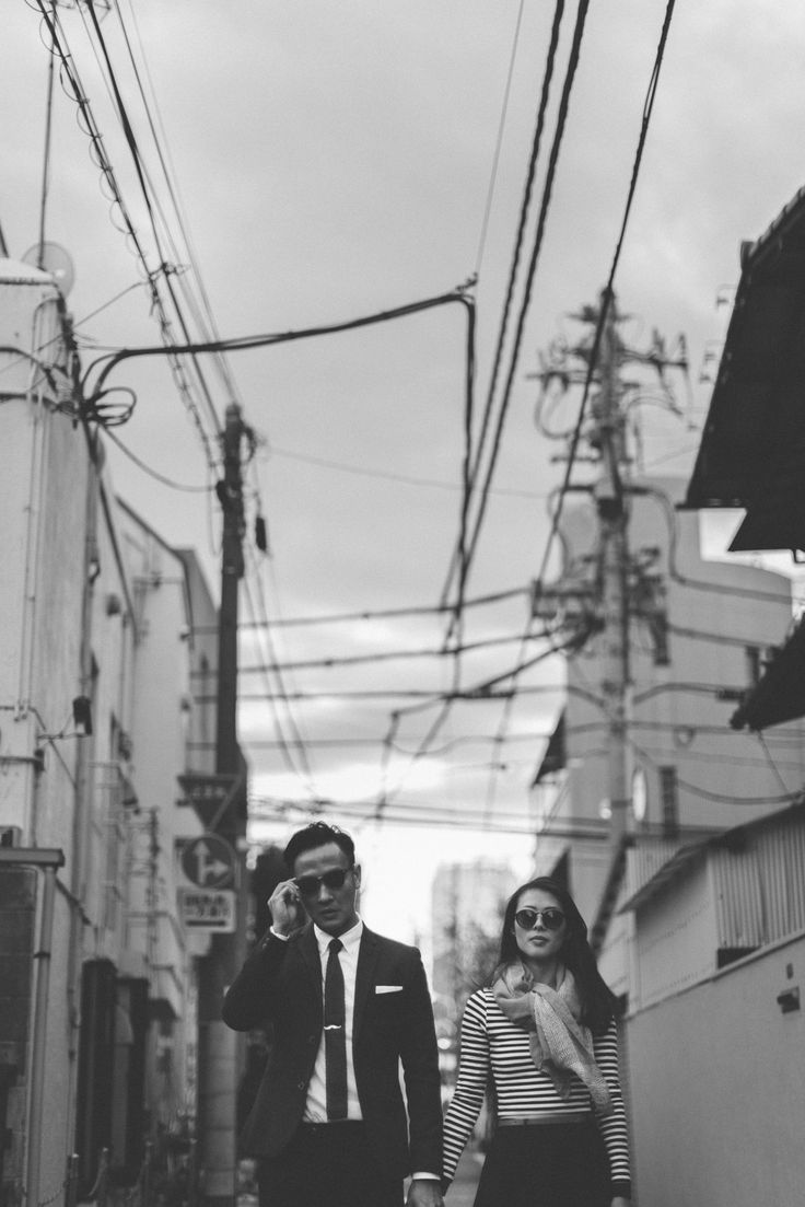 Classy and casual prewedding photo | Black and White photo | This is amazing! Head over to SuperPanda Presents where you can see more of their unique works http://www.bridestory.com.ph/super-panda-presents/instagram