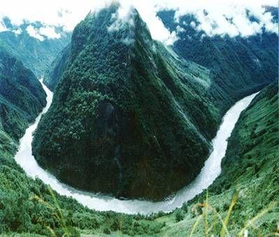 Brahmaputra River - Asia  http://peakwater.org/wp-content/uploads/2011/06/brahmaputra1.jpg