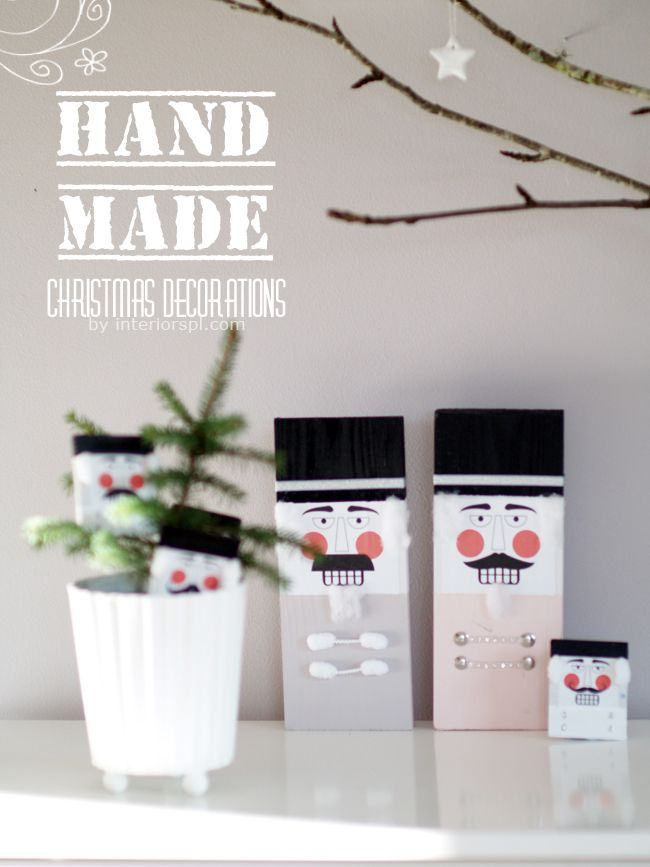 DIY christmas decorations make from a block of wood then paint