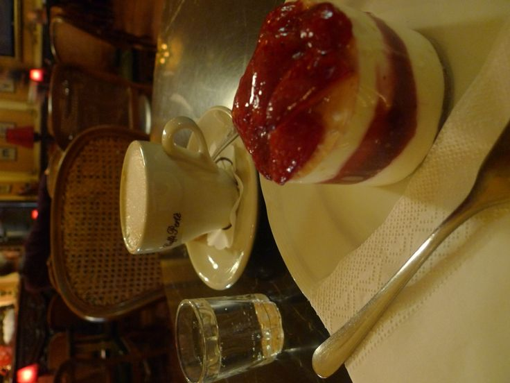Muvesz Kavehaz Coffee and Cake