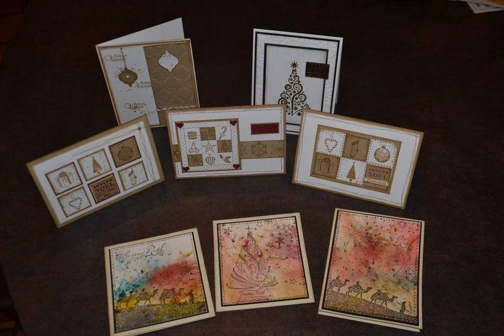Bonjour à tous, Voila bien longtemps que je ne suis pas passée par ici !!!!! Aujourd'hui je vous présente des cartes de Noël qui seront vendues à Noirmoutier pour le téléthon. Des cartes classiques et d'autres un peu moins, sortir du confort et essayer...