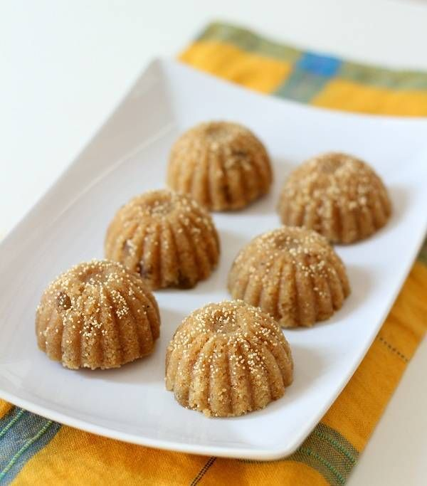 churma ladoo recipe, recipe of churma laddu, gujarati churma na ladva. wheat flour laddo with jaggery. churma laddu with gud. how to make churma na ladva with ghee.