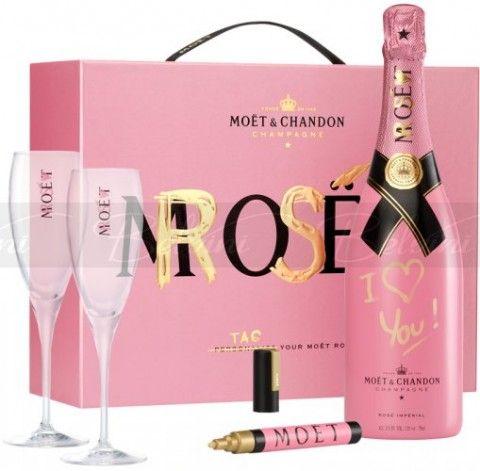 Moet et Chandon....Pink!!!