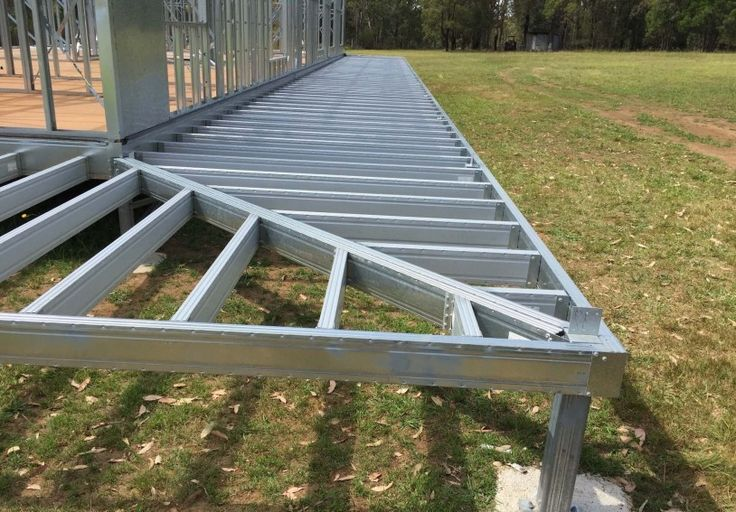 Steel frame floor joist pictures to pin on pinterest for Balcony joists