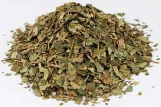 With hazel is a mild and gentle herb known as an all around first aid treatment for burns, abrasions, insect bites and stings.  It is also used as a beauty treatment for clear skin, under eye circles, puffiness, and enlarged pores.   Witch Hazel Leaf   Herbal Medicine   Natural Remedies www.theancientsage.com