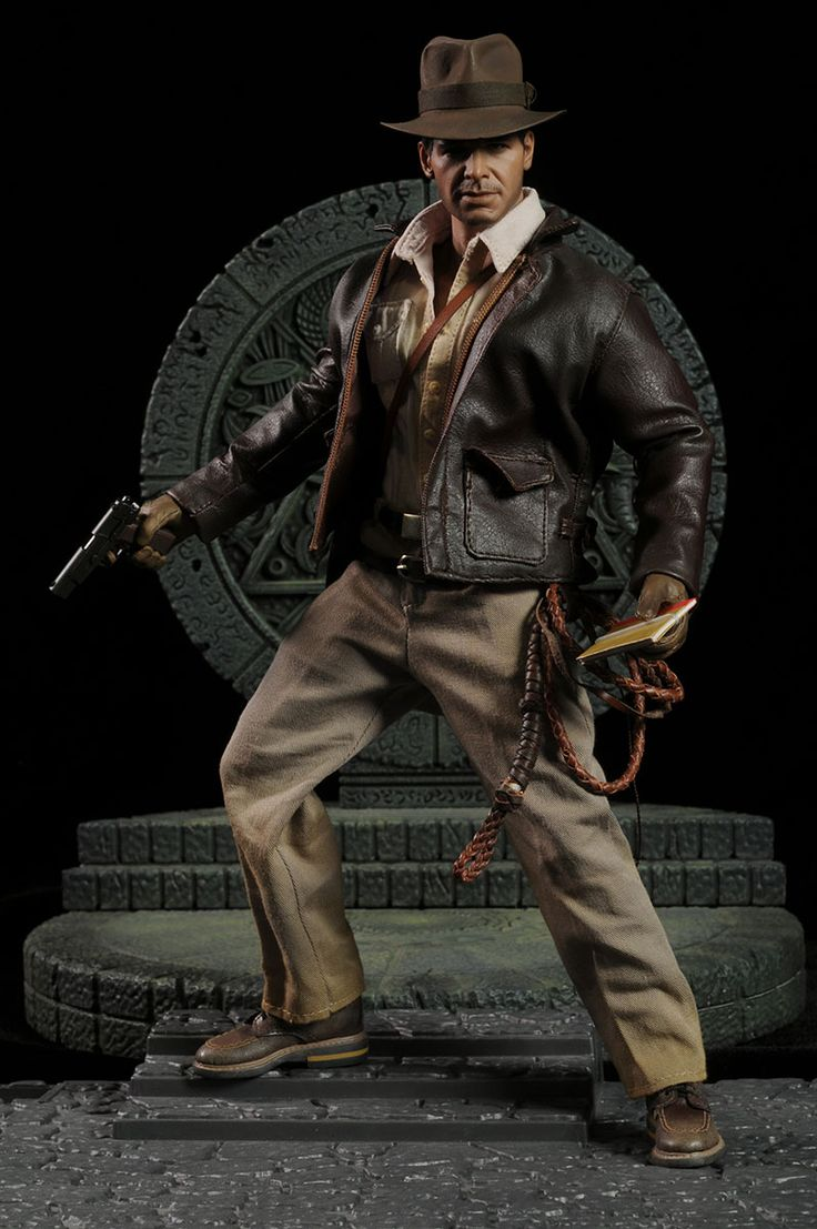 Indiana Jones DX Series Sixth Scale Figure by Hot Toys