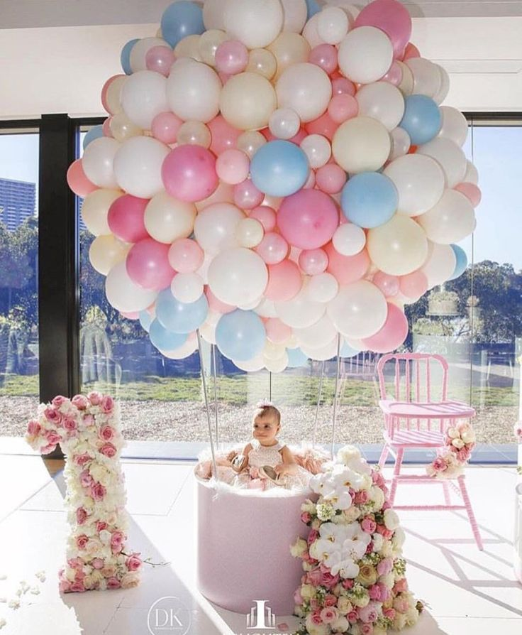 422 best balloon decor images on pinterest balloon for 1st birthday girl decoration