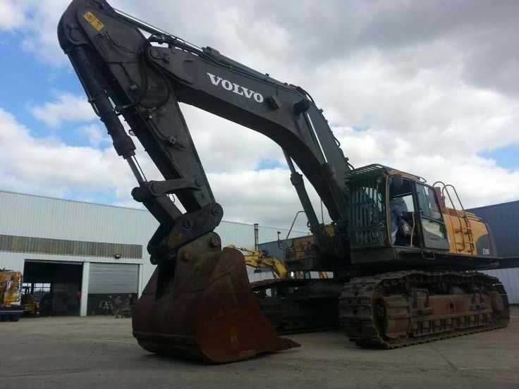 Awesome price Excavator Volvo EC700CL Second Hand. Manufacture year: 2009. Working hours: 9000. Weight: 70000 kg. Excellent running condition. Ask us for price. Reference Number: AC3656. Baurent Romania.