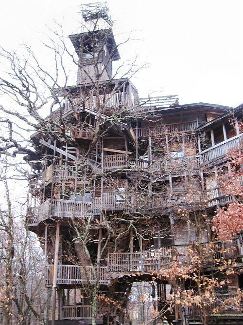 tallest treehouse in the world in crossville tennessee it built over 15 years by