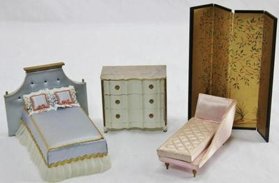 Vintage Ideal Petite Princess Doll House Furniture Bed Dresser Divider C Lounge | eBay