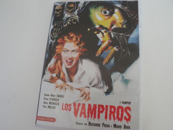 Portada del DVD de Los vampiros (I Vampiri), de Riccardo Freda