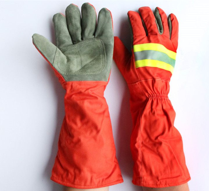 Free shipping hot selling long sleeve safety fire fighting protecting gloves high temperature insulated anti-stream waterproof