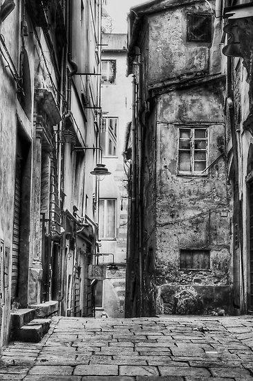 Alley Genoa