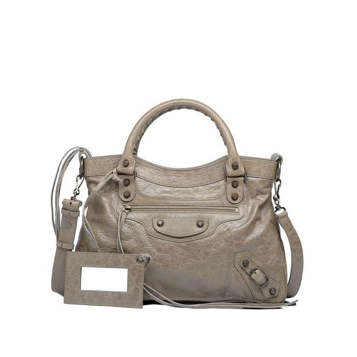 BALENCIAGA TOWN (Gris Poivre) This is also my bag, baby!!