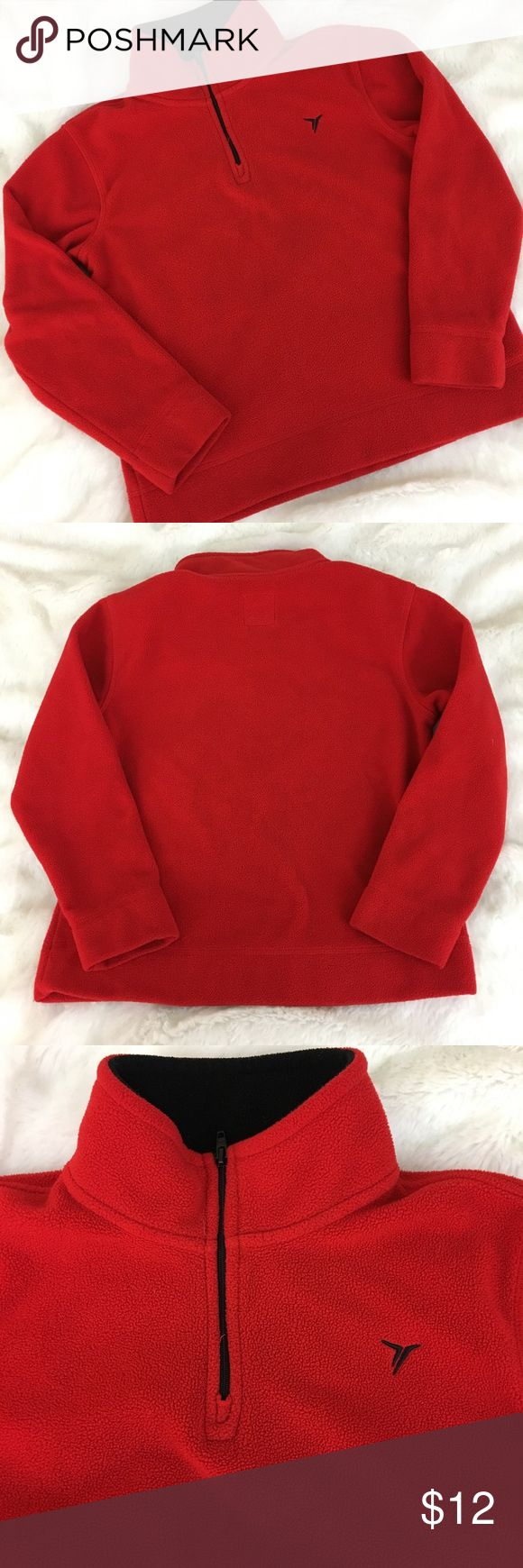 🆕Boy's Red Old Navy Fleece 1/4 Zip Pullover Boy's Old Navy Red 1/4 Zip Fleece Pullover. Super warm and cozy. In excellent preloved condition. Size S(6-7). 100% polyester. ❌NO TRADES ❌NO LOWBALLING ❌NO MODELING ❌ Old Navy Shirts & Tops Sweatshirts & Hoodies