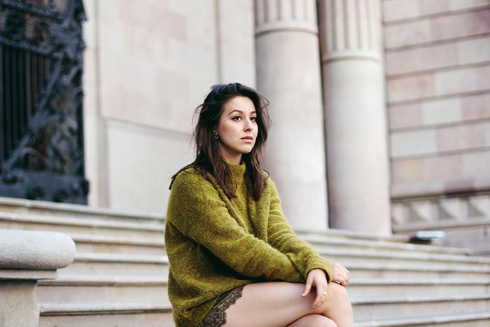 olive sweater and lace shorts