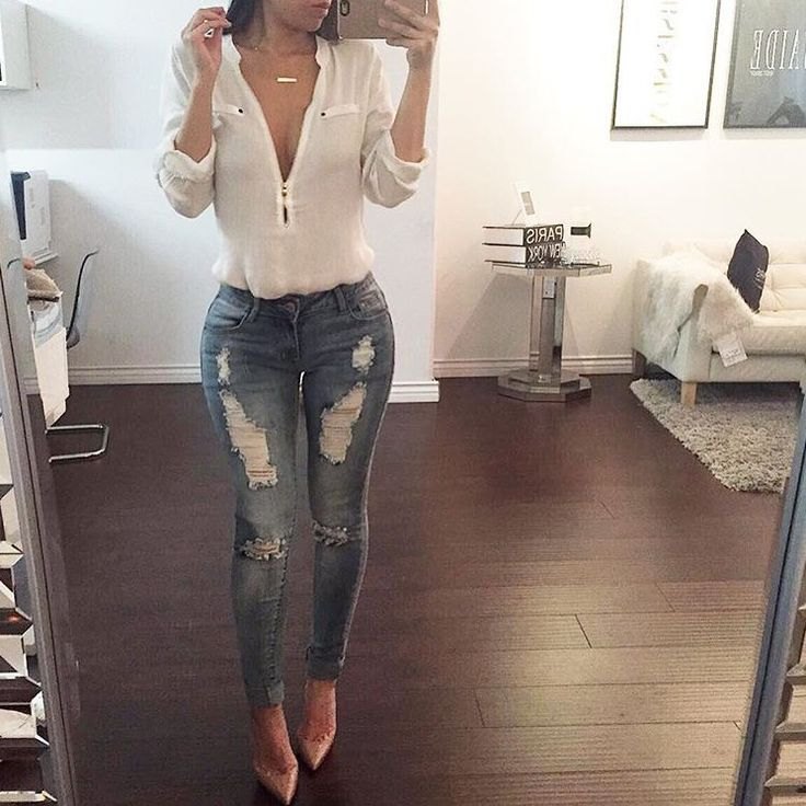 White Deep V Blouse With Low Rise Medium Wash Distressed Skinnys