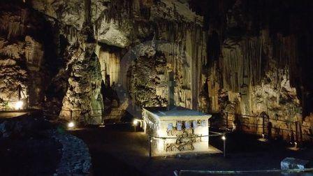 Crete Caves Exploration - The Best Activity On Crete Holidays