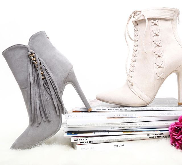 Fringe boots 💞 are you like it? #vices #brand #boots #fall #collection #instapic #fashion #newcollection #instapic #grey #beige