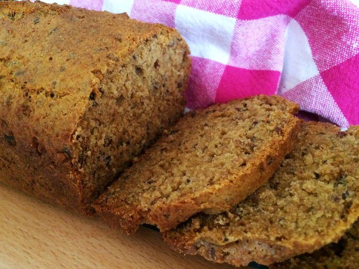Glutenfria godsaker: Glutenfritt bovetebröd med creme fraiche