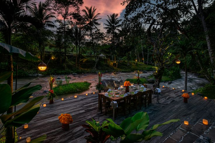 it is really romantic place with your love to have a romantic candle light dinner at Permata Ayung Private Estate