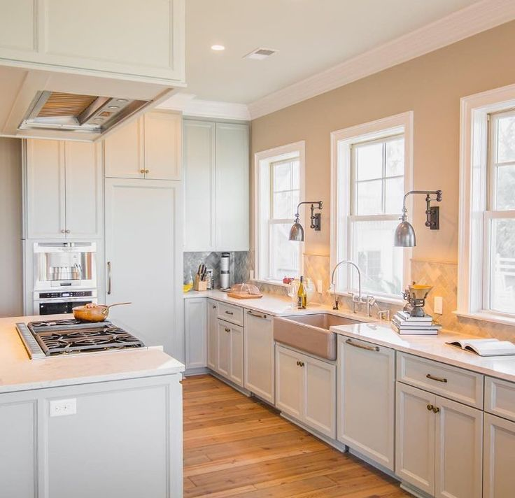Who Would You Invite Over For Wine U0026 Gossip In This Gorgeous Kitchen?