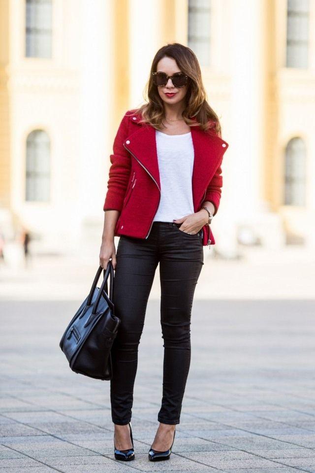 Comment mettre une veste rouge