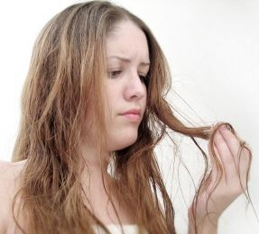 Para que aprendas a preparar remedios caseros para combatir la caída del pelo ingresa a: http://caidadepeloenmujeres.com/remedios-caseros-para-la-caida-del-cabello/