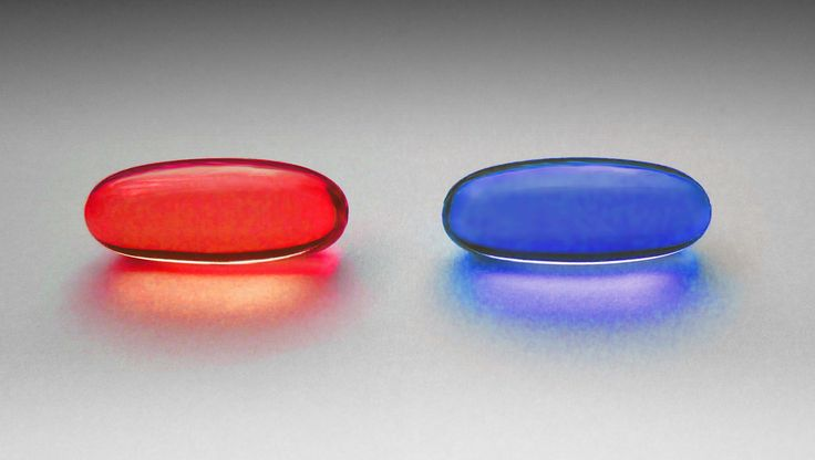 red pill and blue pill  https://ru.wikipedia.org/wiki/%D0%9A%D1%80%D0%B0%D1%81%D0%BD%D0%B0%D1%8F_%D0%B8_%D1%81%D0%B8%D0%BD%D1%8F%D1%8F_%D1%82%D0%B0%D0%B1%D0%BB%D0%B5%D1%82%D0%BA%D0%B8