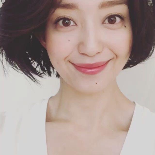 【松島花/モデルプレス=3月9日】モデルの松島花が8日より、Instagramのオフィシャルアカウントを開設。同日付のブログで「今日は皆さんに報告がありまーす」と切り出し、「オフィシャルでインスタグラムを始めることになりましたー わーい わーい」と発表した。