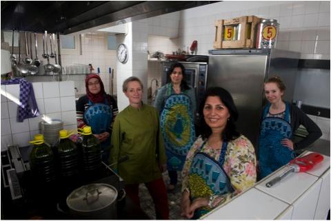 Engagement: Jeanne van Heeswijk en het Freehouse project http://www.arttube.nl/nl/blog/CKV/Jeanne_van_Heeswijk