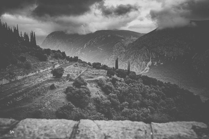 Delphi - Route to Apollon Temple