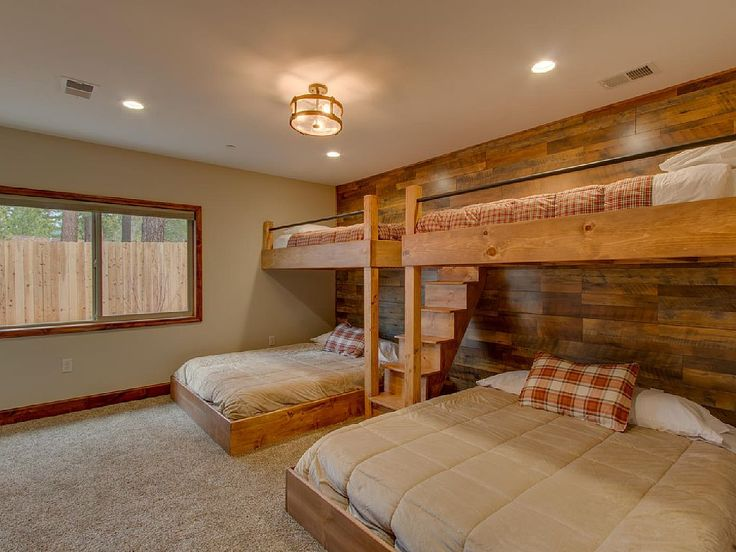 The kids will LOVE these bunk beds in this Lake Tahoe vacation rental!