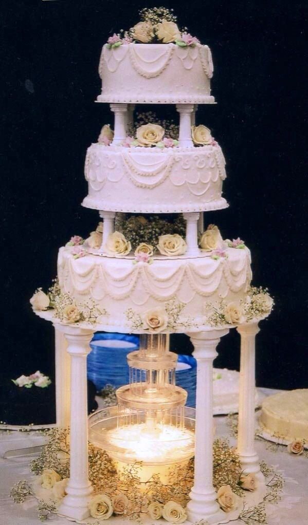 water feature wedding cakes best 25 wedding cakes ideas on 21670