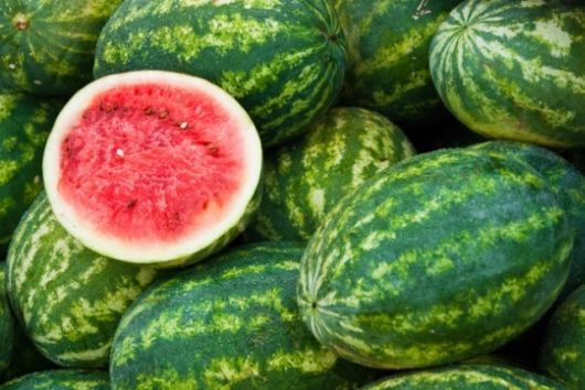 the juicy watermelon is a rich source of Vitamin A and C. It does a great job of replenishing lost fluids for the body during summer. A glass of watermelon juice or 5-6 pieces of the fruit is recommended after lunch and dinner.