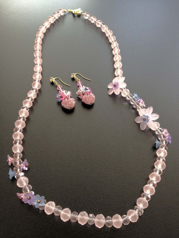 Set of Crystal Handmade Necklace strand with acrylic by BYTWINS, €70.00