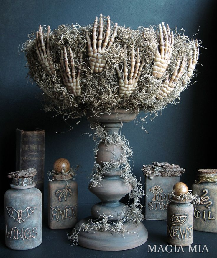 Magia Mia: A Wicked Bowl the Woodland Witch made for her Potion Bottles