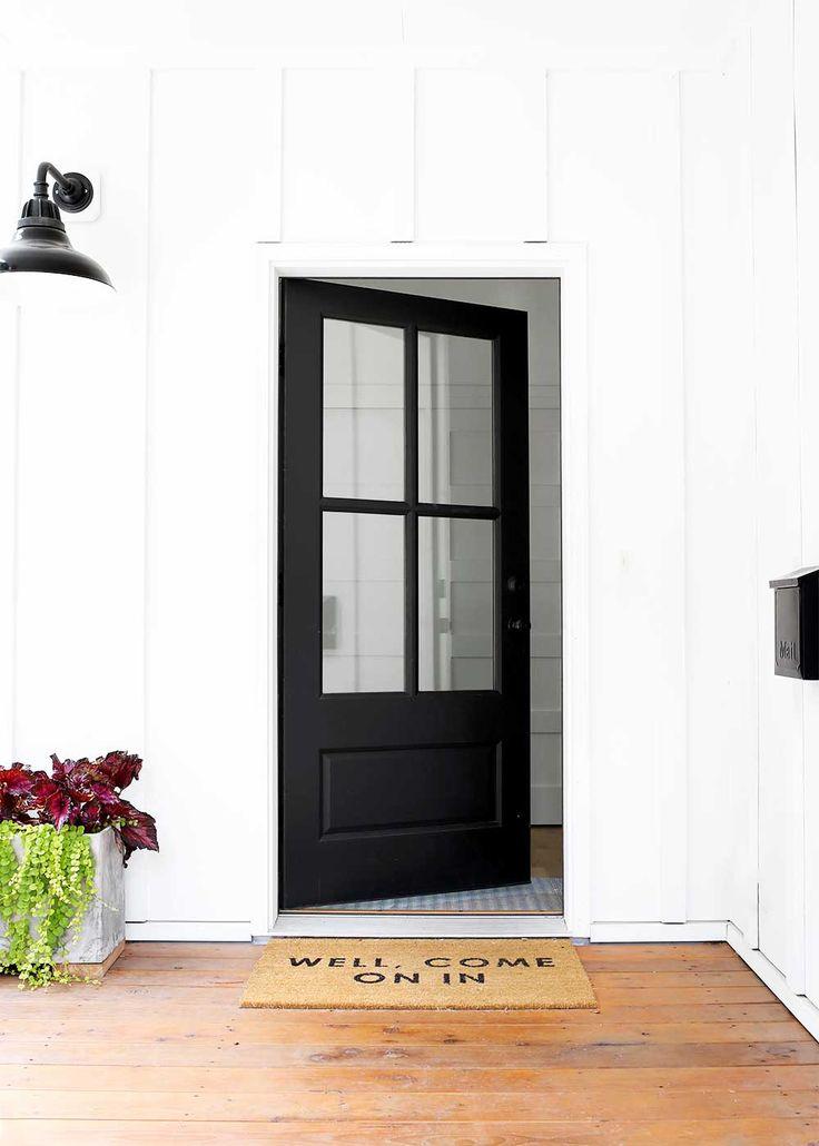 Minimal Cozy Entryway