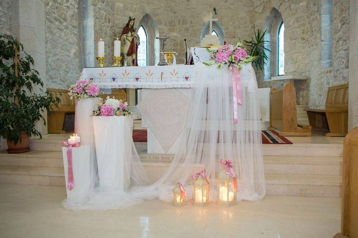 Wedding Arch Inside the Church - Love this idea!! Wedding Ceremony Rustic & Romantic Burlap & Peach Wedding Aisle Chair Décor. modern wedding Weddings of Desire » Wedding Styling Ideas Inspiration Candles in lanterns to plan your wedding ceremony