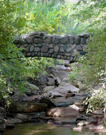 North Cheyenne Canon Park and Starsmore Discovery Center: WPA Stone Bridge
