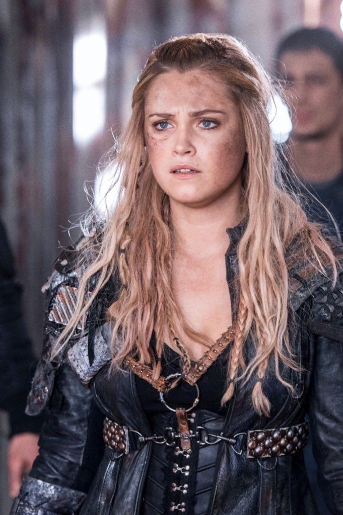 The 100 Clarke 2021 Unluler Savascilar Film