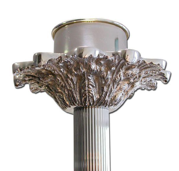 Candelero plateado de pie con base y bandeja decoradas / Floor church candelstick made of beautiful polished silver color brass (3/4). http://www.articulosreligiososbrabander.es/candelero-con-base-y-bandeja-decoradas.html