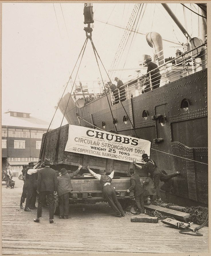 Delivery of Chubb safe for a Commercial Banking Co. 1920s & Best 25+ Chubb safes ideas on Pinterest | Gardall safes Proactiv ...