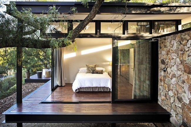 Pin more images of this house and many more at http://www.designhunter.net/pavilion-architecture-floating-stone-wall/  #architecture