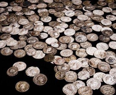 Erfgoedstem de zilveren muntschat van Buren foto: RMO