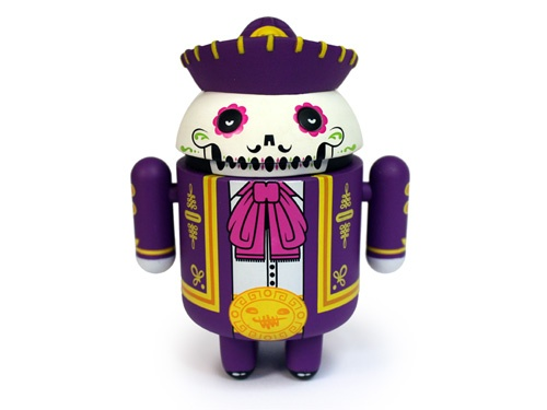 CALAVEROID  (This special edition Android mini collectible commemorates the traditional Meixcan Dia de Los Muertos Holiday, designed by artists the Beast Brothers)